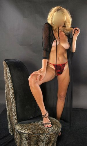 Tyssia happy ending massage, live escort