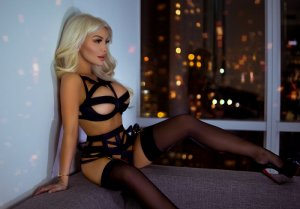 Teissa escorts & thai massage