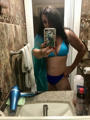 Aniece call girl and erotic massage