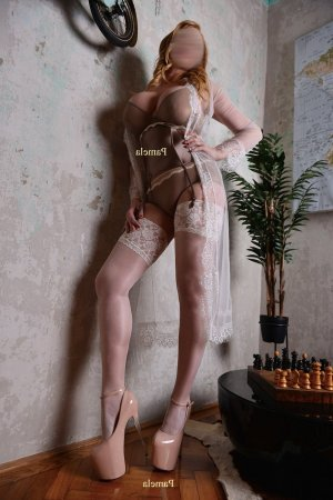 Liane call girls & nuru massage