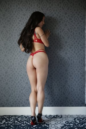 Marie-clothilde shemale escort girl and nuru massage